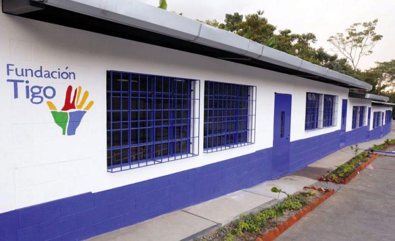 Tigo inaugura escuela en Retalhuleu