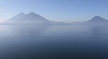 Ambiente - Ni una gota de agua sucia más al Lago de Atitlán